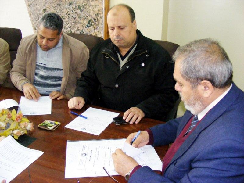 بلدية رفح تشرع في تطوير شارع 24 بتل السلطان