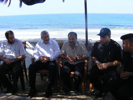 رئيس بلدية رفح يلتقي وفداً من الشرطة البحرية ونقابة الصيادين