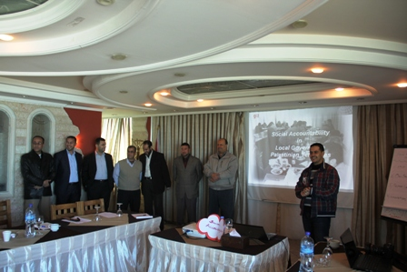 بلدية رفح تشارك في دورة تدريبية حول المساءلة المجتمعية