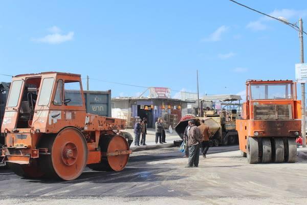 الانتهاء من صيانة الطرق الرئيسية في رفح مطلع ابريل القادم