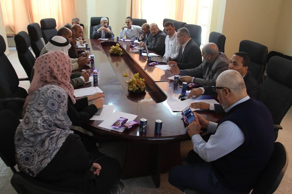 بلدية رفح توقع مذكرة بدء العمل بشارع القسام