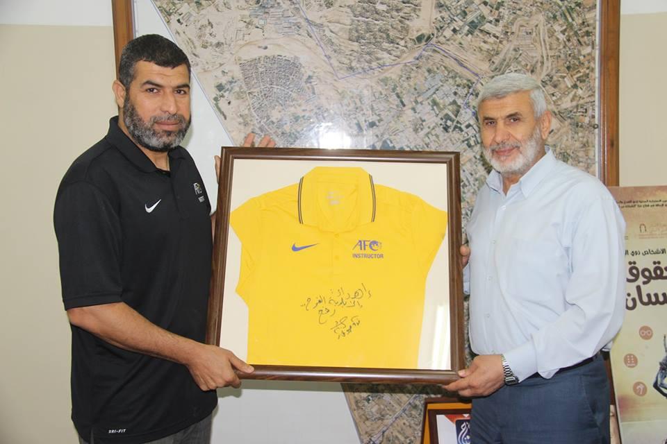 كرة القدم لرئيس بلدية رفح