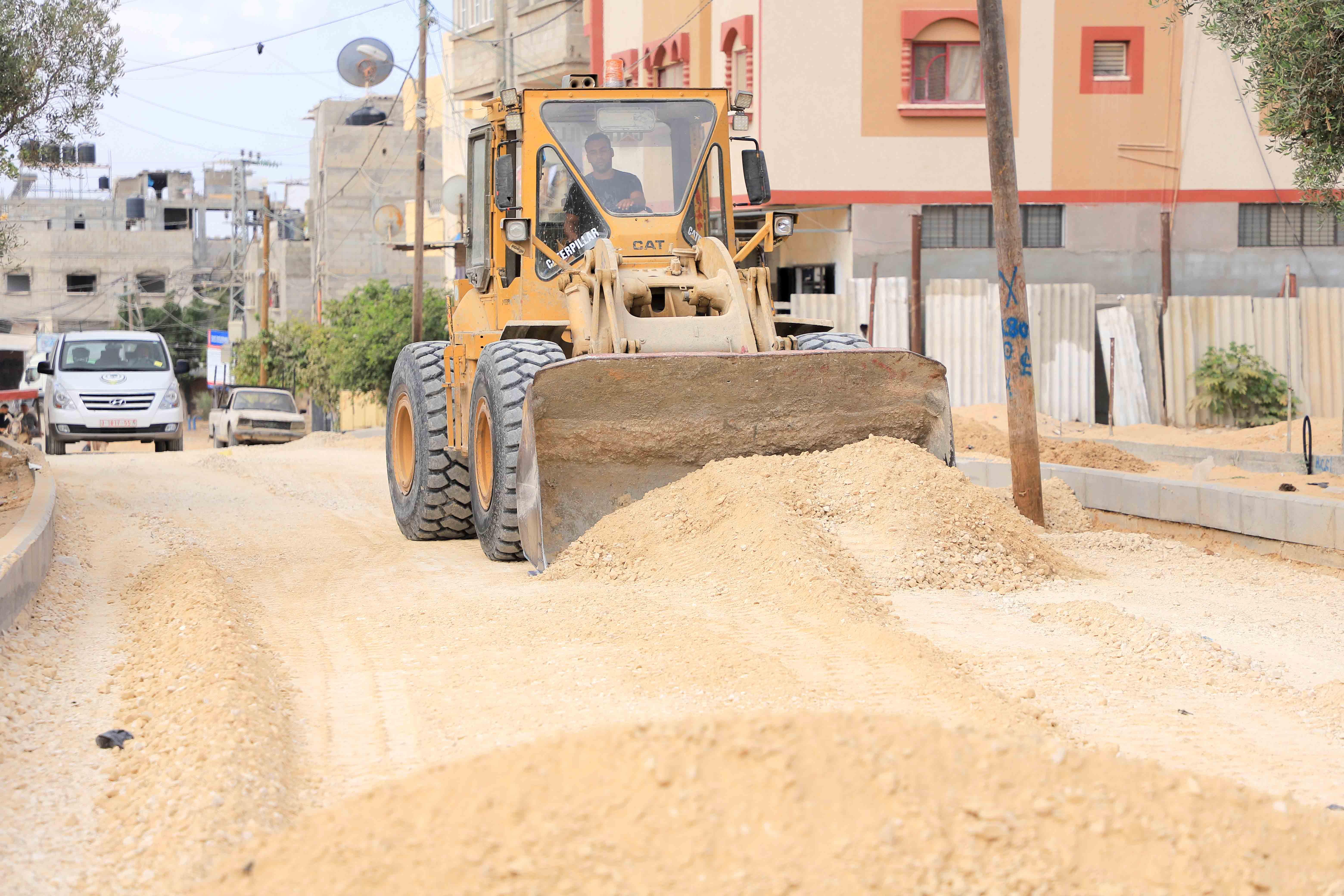 بلدية رفح تستأنف العمل في عددٍ من المشاريع التطويرية في المدينة